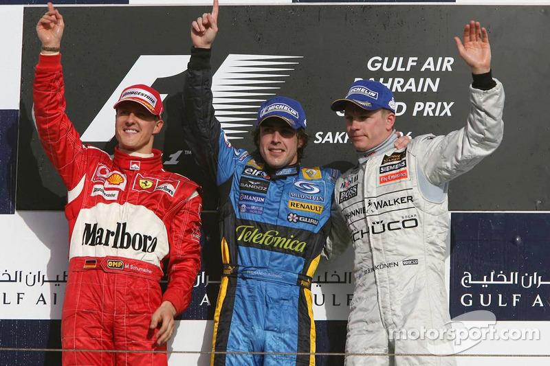 Podio: ganador de la carrera Fernando Alonso Michael Schumacher y Kimi Raikkonen