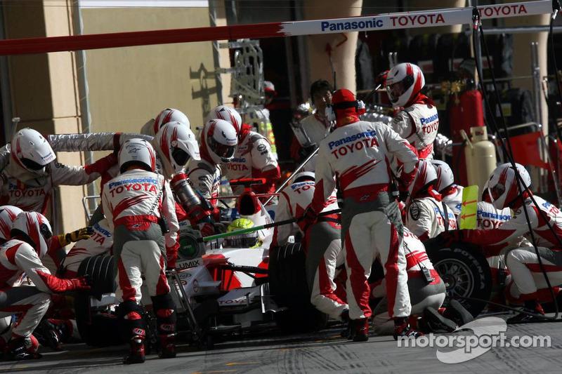 Parada en pits para Ralf Schumacher