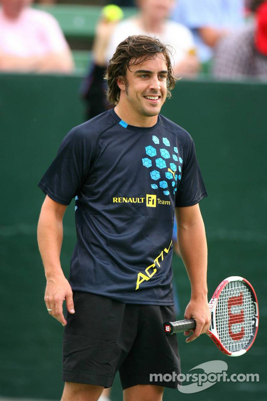 Pitstop tennis Pro-Am charity event: Fernando Alonso