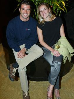 Christian Fittipaldi (BRA) et sa femme
