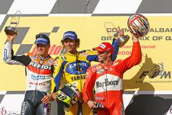 Podium: 1. Valentino Rossi; 2. Nicky Hayden; 3. Loris Capirossi