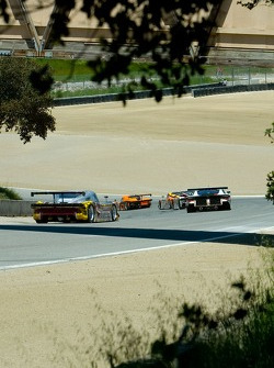 Race action at Turn 9