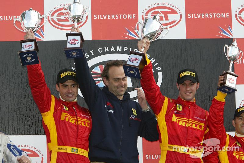 podium GT2: les vainqueurs Matteo Bobbi et Jaime Melo