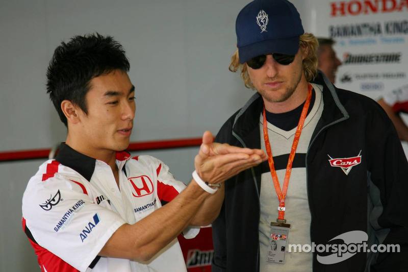 Takuma Sato et l'acteur Owen Wilson pour la promotion du film