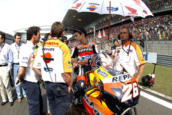 Dani Pedrosa on the starting grid