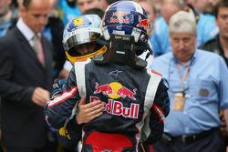 Fernando Alonso celebrates with David Coulthard