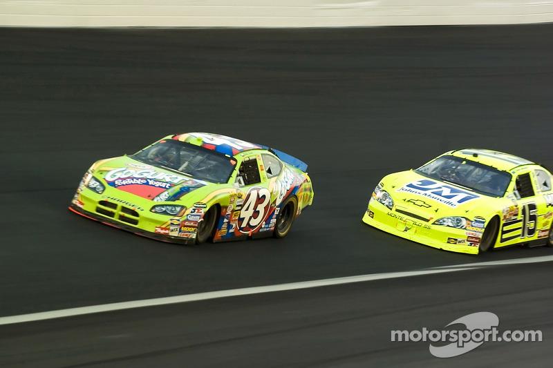 Bobby Labonte et Paul Menard