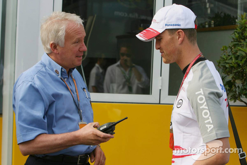 Charlie Whiting Gallery: Charlie Whiting Ve Ralf Schumacher Britanya GP