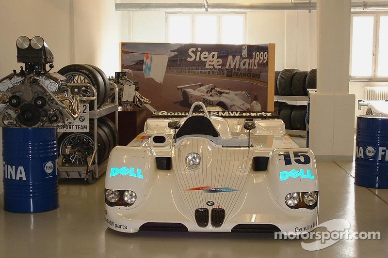 Vainqueur: La BMW V12 LMR du Mans 1999