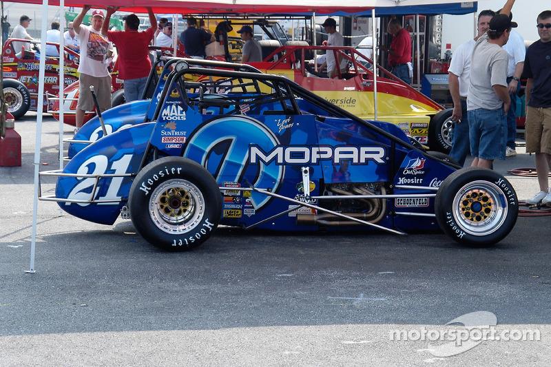 Tony Stewart Racing/Mopar Beasts, conduites par Levi Jones et Josh Wise