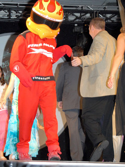 Firestone Firehawk slips Al Unser Jr. some skin