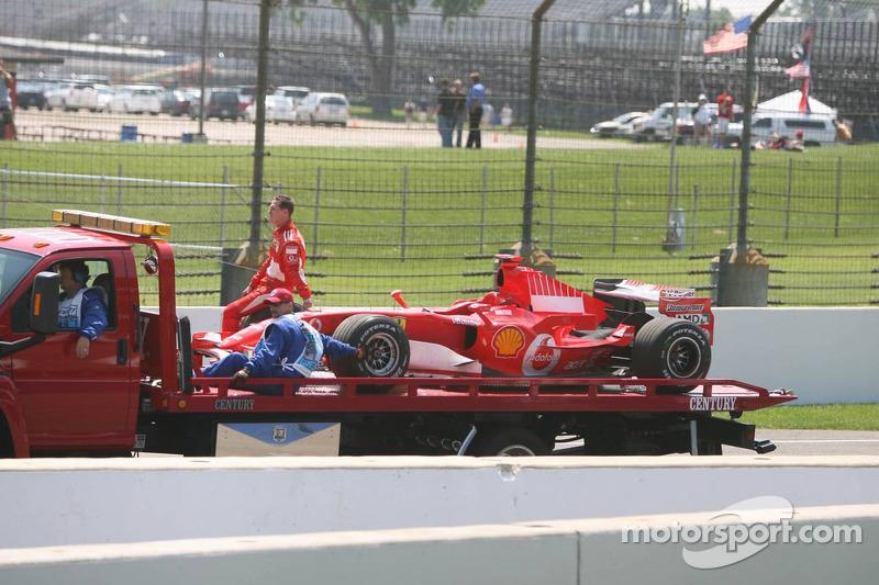 Michael Schumacher après son arrêt sur la piste