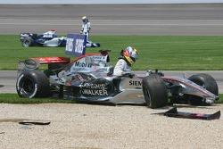 Crash at first corner: Juan Pablo Montoya