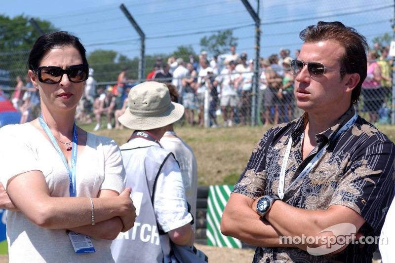 Erja Hakkinen la femme de Mika Hakkinen avec Olivier Panis