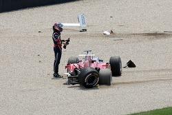 Crash at first corner: Scott Speed