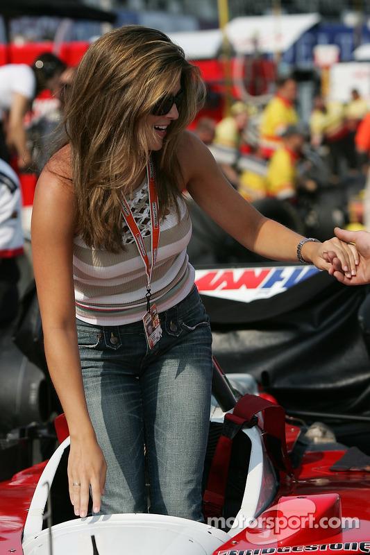 Entraînement de l'arrêt au stand à Newman Haas Racing : un beau remplacement pour Bruno