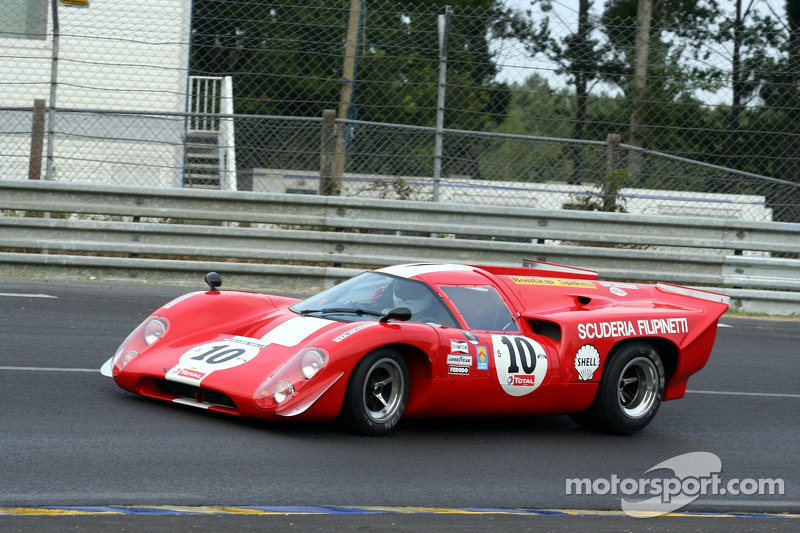 #10 Lola T70 MK III B 1969