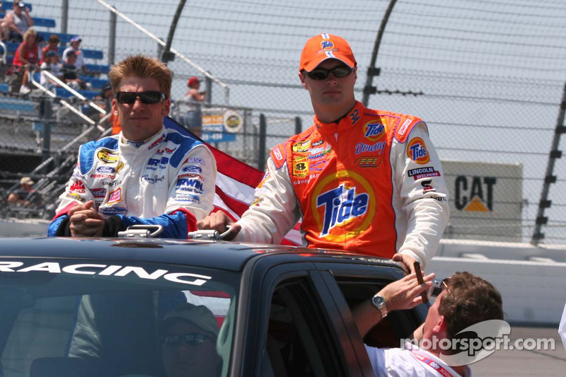 Jamie McMurray et Travis Kvapil