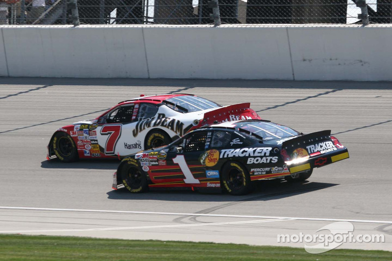 Robby Gordon et Martin Truex Jr.