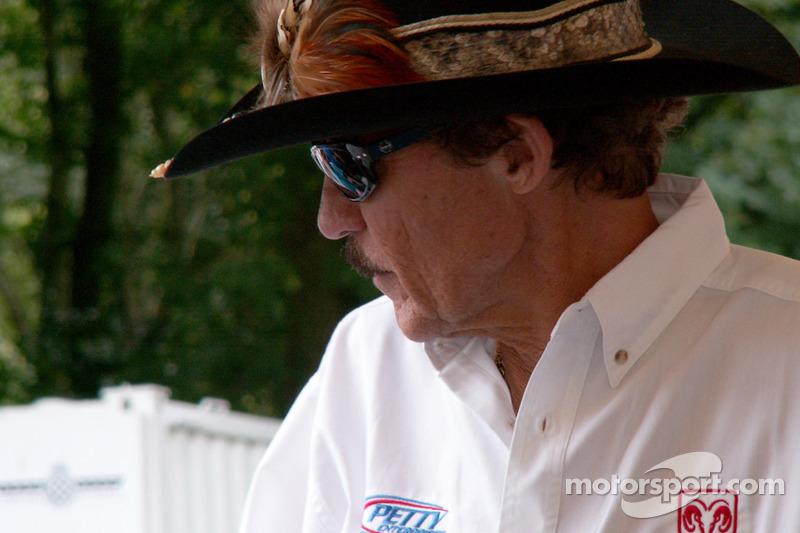 Richard Petty la légende de la NASCAR