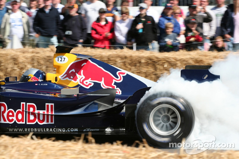 Christian Klien chauffe les pneus