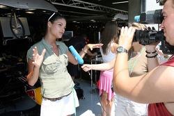 Formula Unas girls visit Red Bull Racing garage