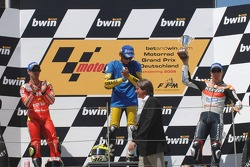 Podium: race winner Valentino Rossi with Marco Melandri and Nicky Hayden