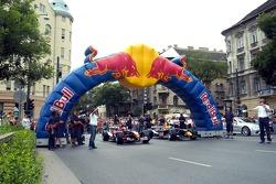 Red Bull Show Run Budapest: Neel Jani y Robert Doornbos