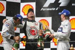 Подіум: 1. Дженсон Баттон, Honda. 2. Педро де ла Роса, McLaren-Mercedes. 3. Нік Хайдфельд, Sauber-BMW