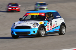 #48 Shea Racing, MINI Cooper: Tom Noble