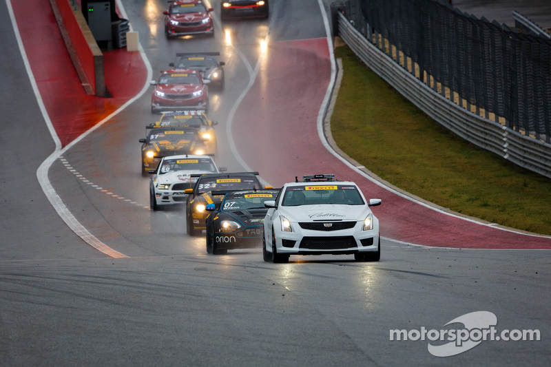 Pace car leading field from pits