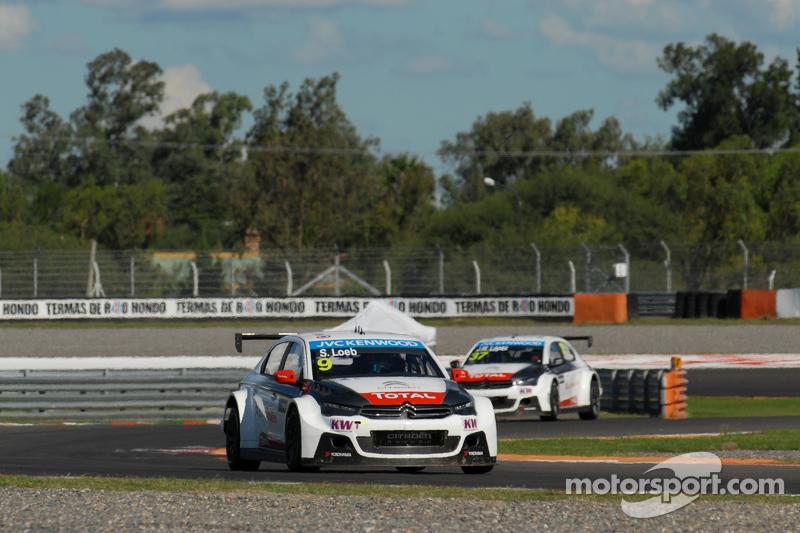 Sébastien Loeb, Citroën Total WTCC, Citroën C-Elysée WTCC; und Jose Maria Lopez, Citroën Total WTCC,