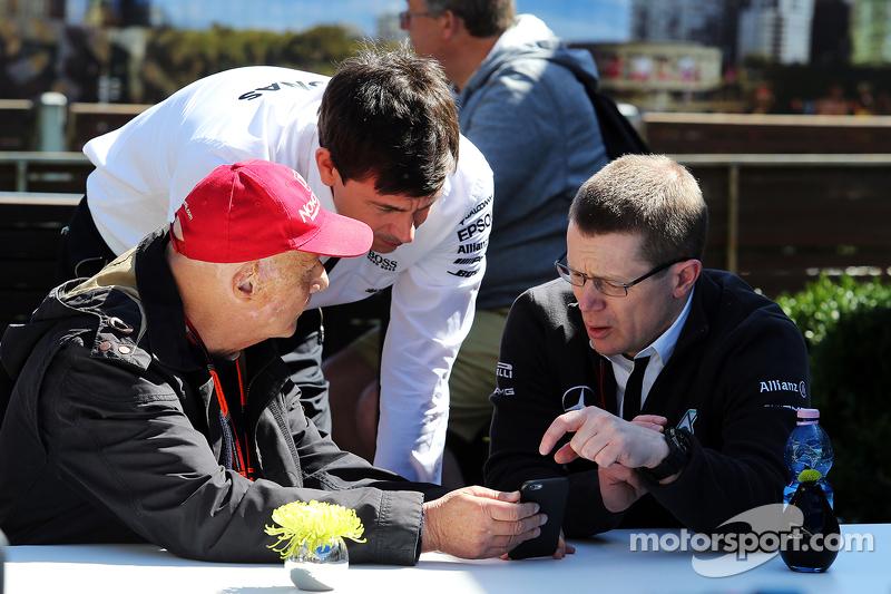 Нікі Лауда, Невиконавчий голова Mercedes з Тото Вольф, Виконавчий директор Mercedes AMG F1 та акціонер