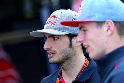 Carlos Sainz jr., Scuderia Toro Rosso, und Max Verstappen, Scuderia Toro Rosso