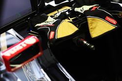 Romain Grosjean, Lotus F1 Takımı - yarış eldiveni