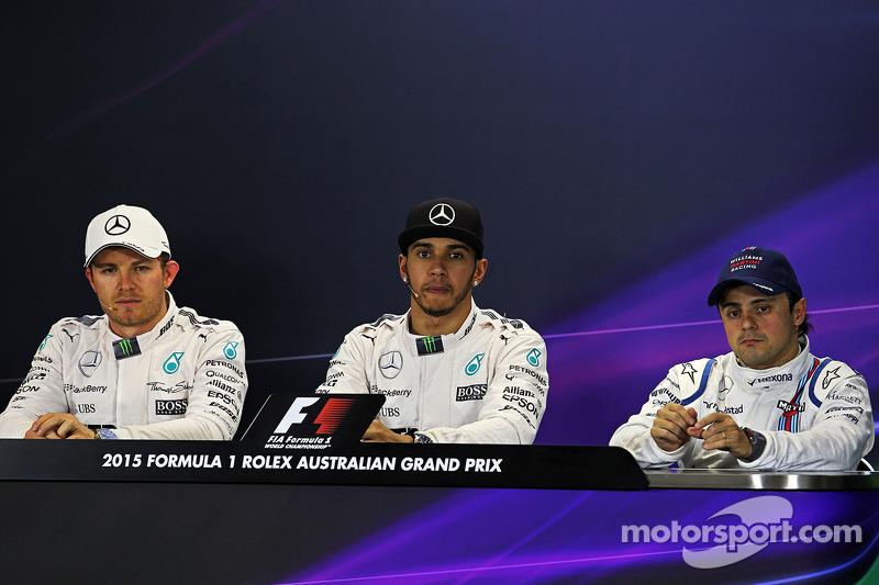 Die FIA-Pressekonferenz nach dem Qualifying: 2. Nico Rosberg, Mercedes AMG F1; Pole-Position und 1.