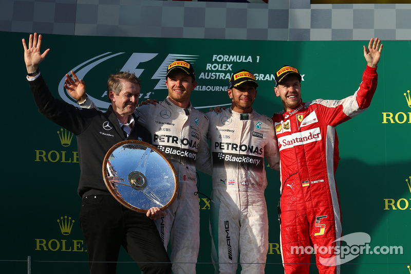 Podium: Second place Nico Rosberg, Mercedes AMG F1, winner Lewis Hamilton, Mercedes AMG F1 and third