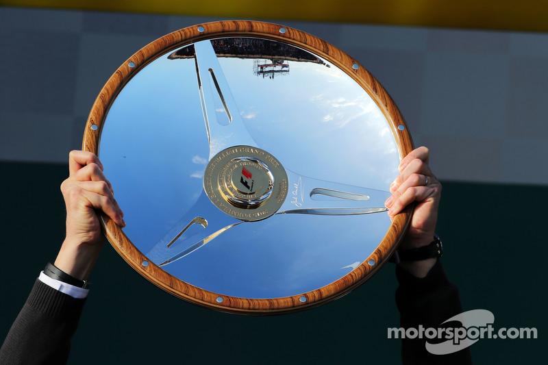 Mercedes AMG F1, Siegerpokal