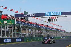 Дженсон Баттон, McLaren MP4-30, финиш, клетчатый флаг