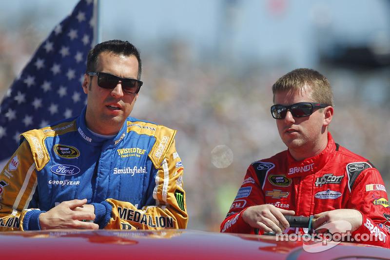 Sam Hornish Jr., Richard Petty Motorsports Ford, Justin Allgaier, HScott Motorsports Chevrolet