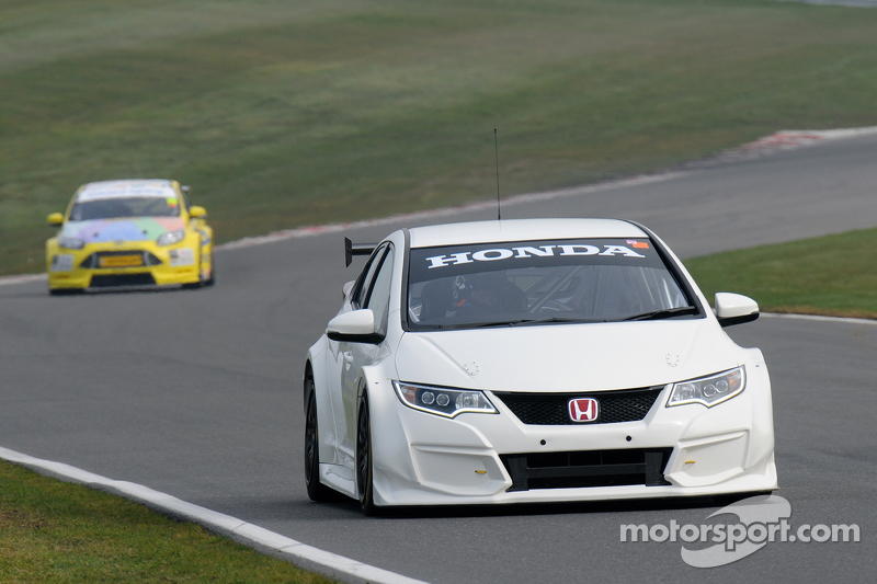 Matt Neal, Honda Racing, Civic Type R