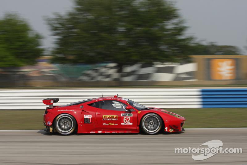 #62 Risi Competizione Ferrari F458: Pierre Kaffer, Andrea Bertolini, Giancarlo Fisichella