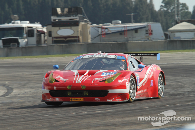 #63 Scuderia Corsa Ferrari 458 Italia: Білл Свідлер, Таунсенд Белл, Anthony Lazzaro