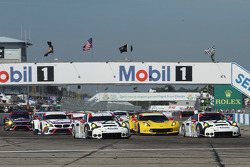 GT起步: #911保时捷车队北美保时捷911 RSR: Nick Tandy, Richard Lietz, Patrick Pilet, #912保时捷车队北美保时捷911 RSR: Jörg B