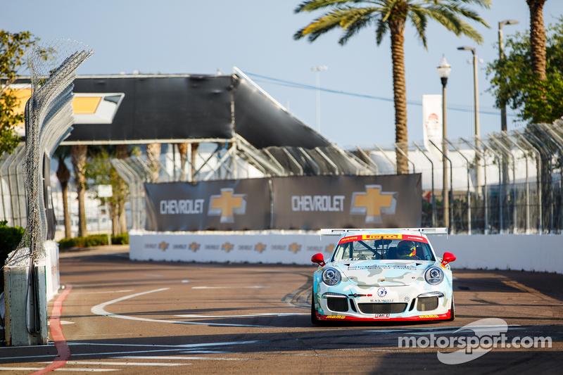 #81 DragonSpeed 保时捷911 GT3杯: Victor Gomez