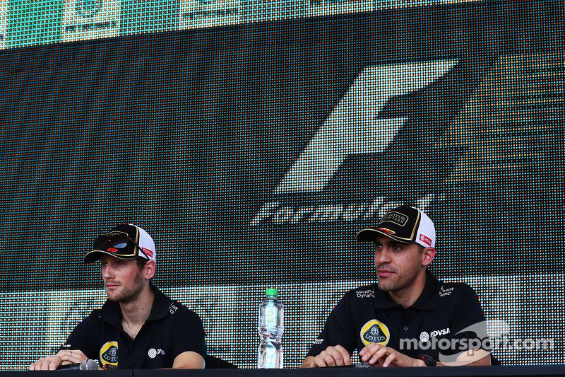 Romain Grosjean, Lotus F1 Team, mit Pastor Maldonado, Lotus F1 Team