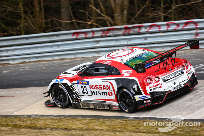 #23 Nissan GT Academy Team RJN Nissan GT-R Nismo GT3: Kazuki Hoshino, Jann Mardenborough
