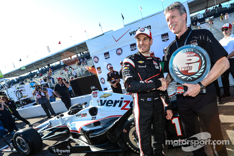 Polesitter Will Power, Team Penske Chevrolet celebra