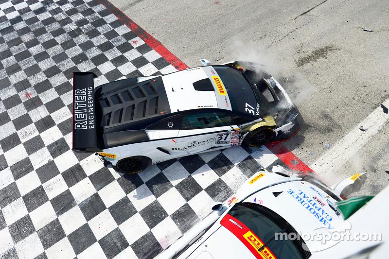 #17 Global Motorsports Group Porsche 911 GT3 Cup: Alec Udell dan #37 Reiter Engineering Lamborghini