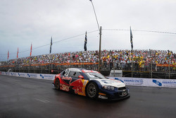 Caca Bueno, Red Bull Racing, Chevrolet